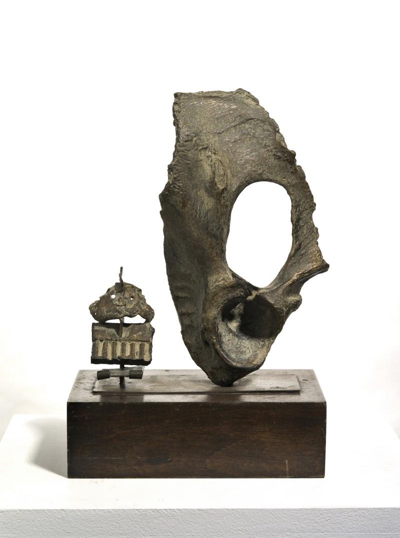 Œil de bœuf au petit masque - Antoni Clavé